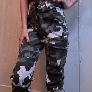 Forever 21 Camo Cargo Pants